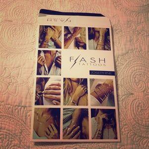 Flash Tattoo